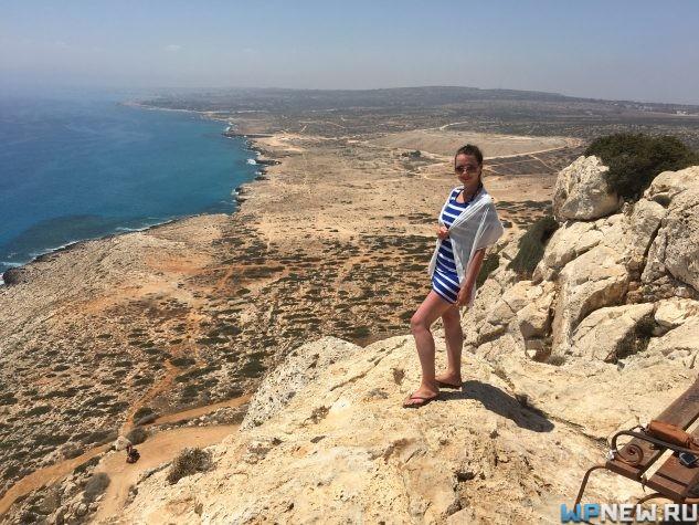 Вид сверху на море